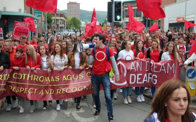 Lá Dearg 2017 – 1000s march in Belfast for Irish language rights